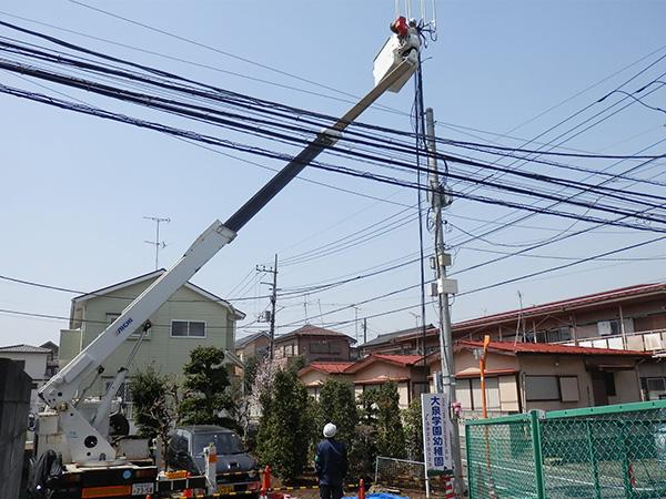 モバイルアンテナ支柱設置工事03